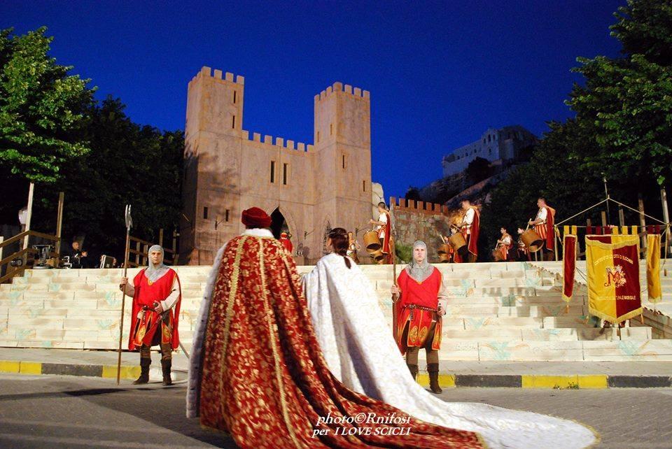 Madonna delle Milizie Scicli corteo medievale