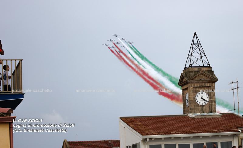frecce tricolori campanile donnalucata