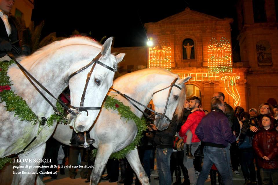 Cavalcata di San Giuseppe Donnalucata (foto Emanuele Caschetto)
