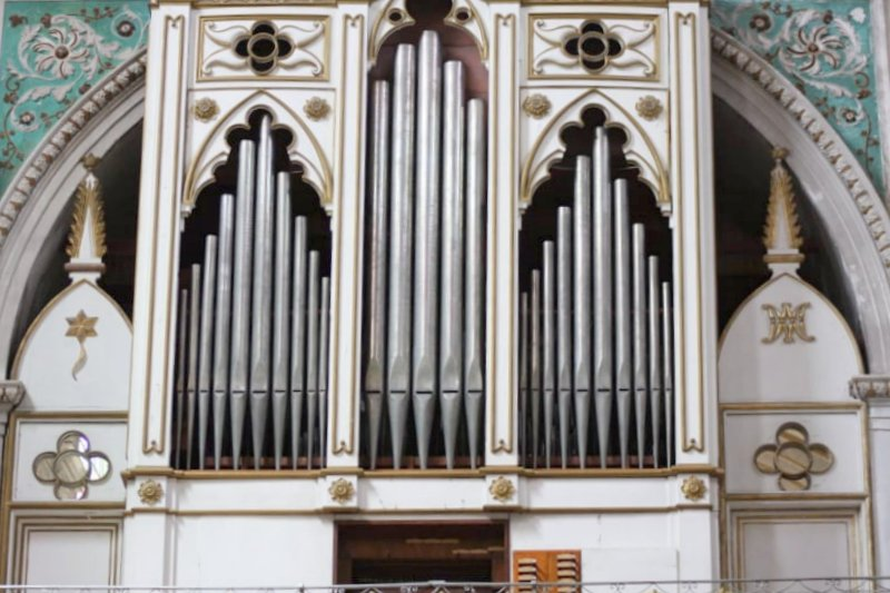 organo a canne santa maria la nova