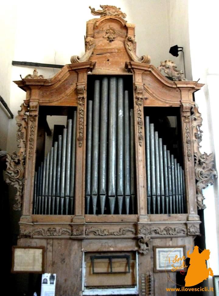 descrizione completa dell'organo a cura del M° Marcello Giordano Pellegrino
